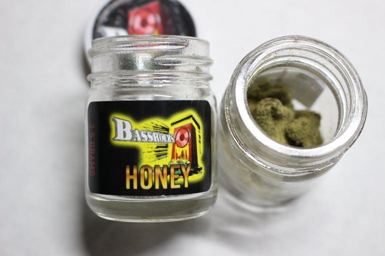Buy Honey Bassrocks Moon Rocks Online